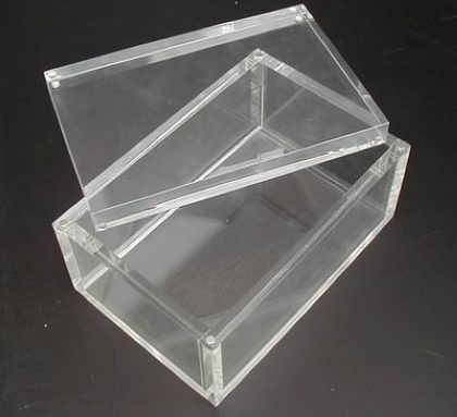 Acrylic display box in 10mm thickness
