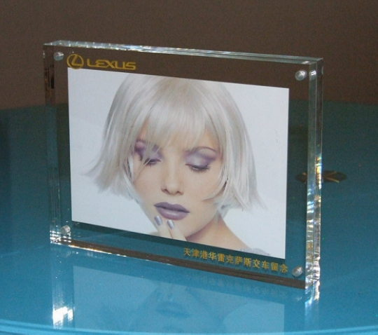 Retail Acrylic Photo Frame France