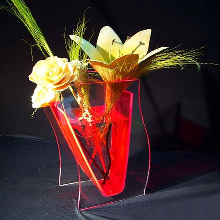 Transparent Acrylic Flower Vase in High Quality